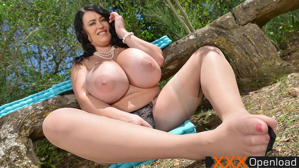 Sex pussy leanne crow can